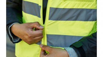 beskydda-reflective-vest-yellow__0473569_PE614621_S4